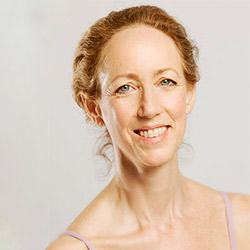 YogaTree Teacher Annie Carpenter