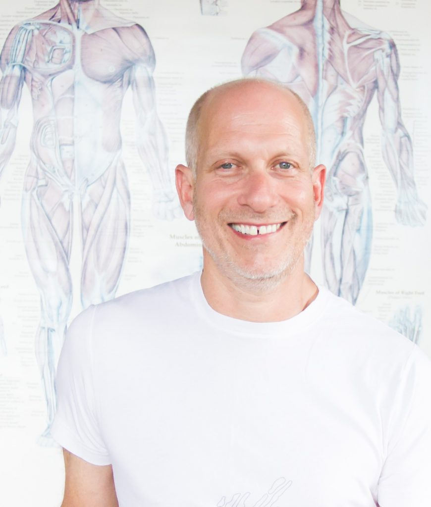 Harvey Deutch leads the 150-hour Yoga Therapeutics Intensive at Yoga Tree Potrero in San Francisco